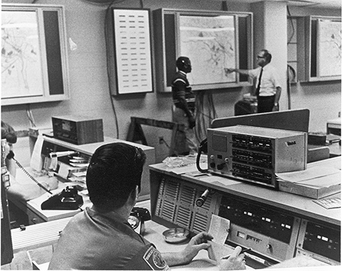 Electronic status system in use in 1971